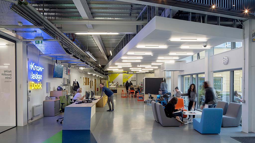 University of east london knowledge dock projects gensler for The interior design school london