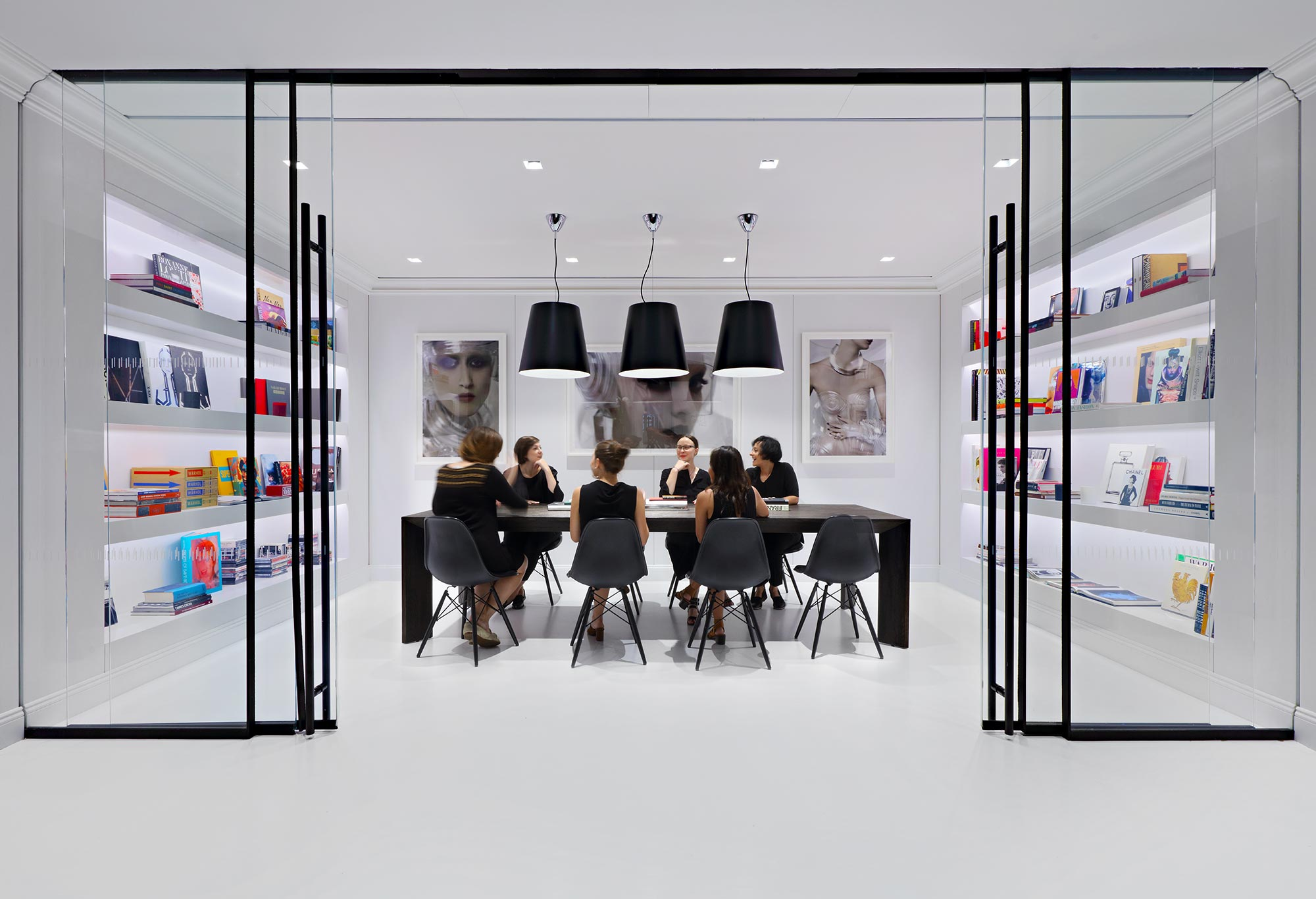 Nars Cosmetics New York Creative Outcomes Are Encouraged By Blending Hospitality Influences With Open Workes